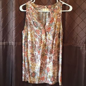 Tops - Gorgeous Sleeveless Blouse